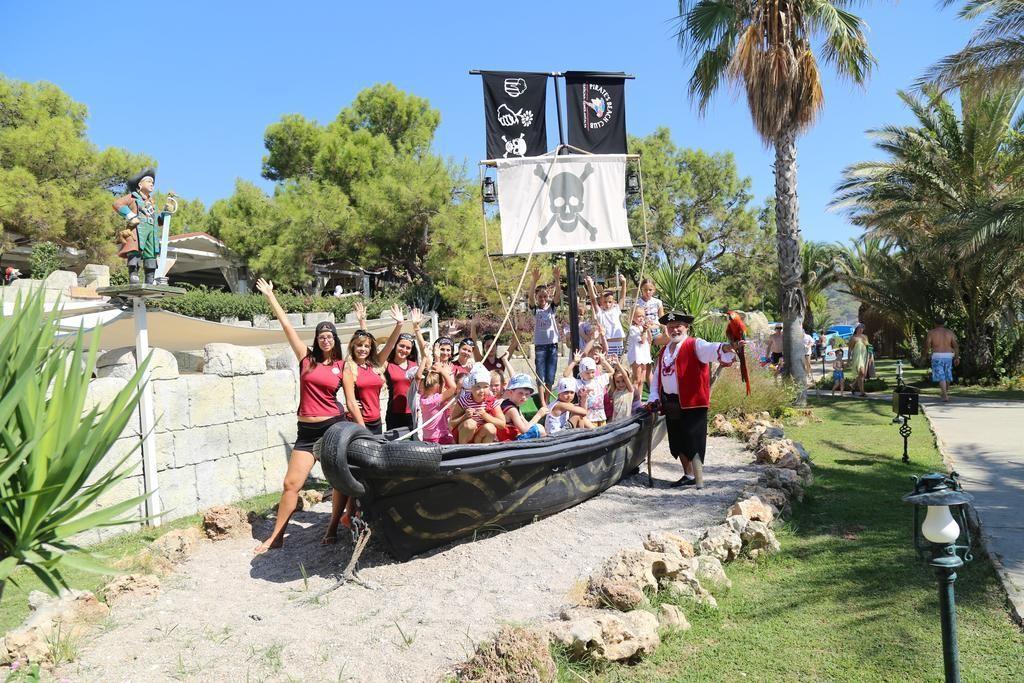 пират бич клаб в кемере официальный сайт турция
