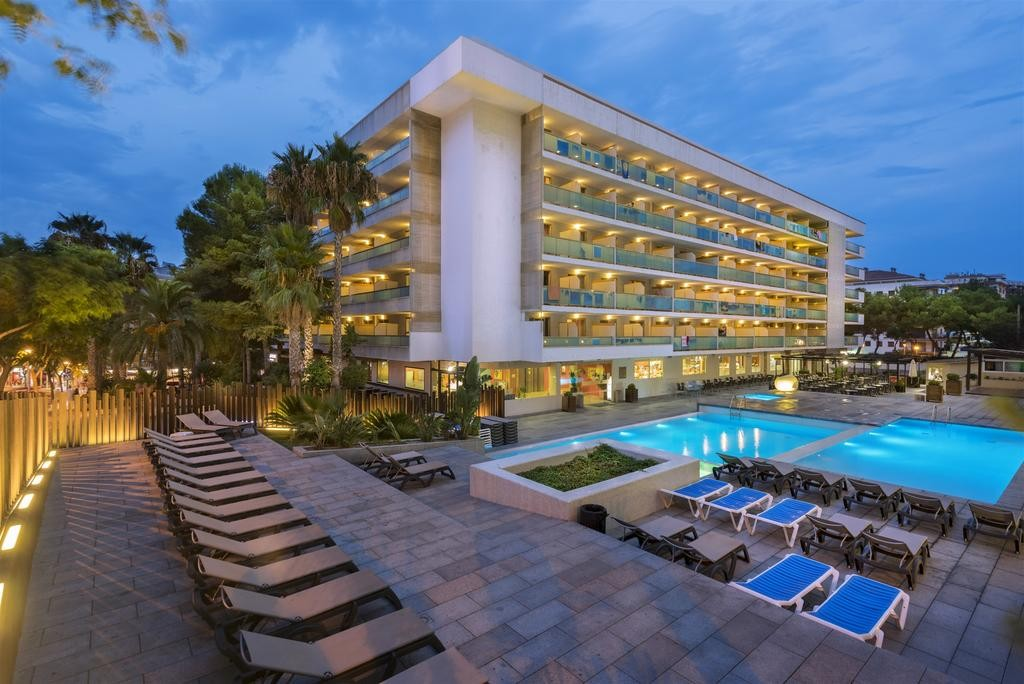 """фото Главный вид, Отель """"4R Salou Park Resort II 3*"""", Салоу"""
