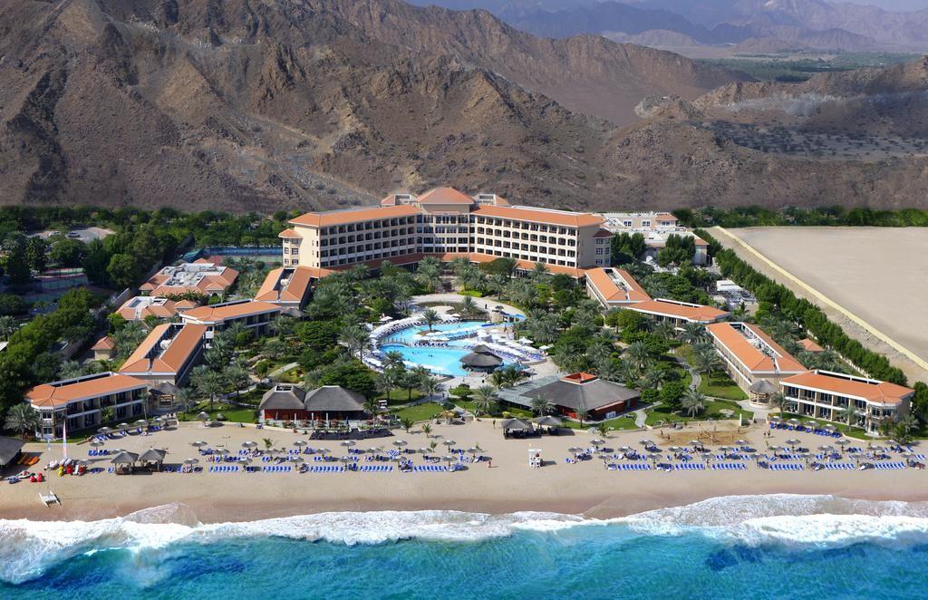 """фото Отель, Отель """"Fujairah Rotana Resort & SPA 5*"""", Фуджейра"""
