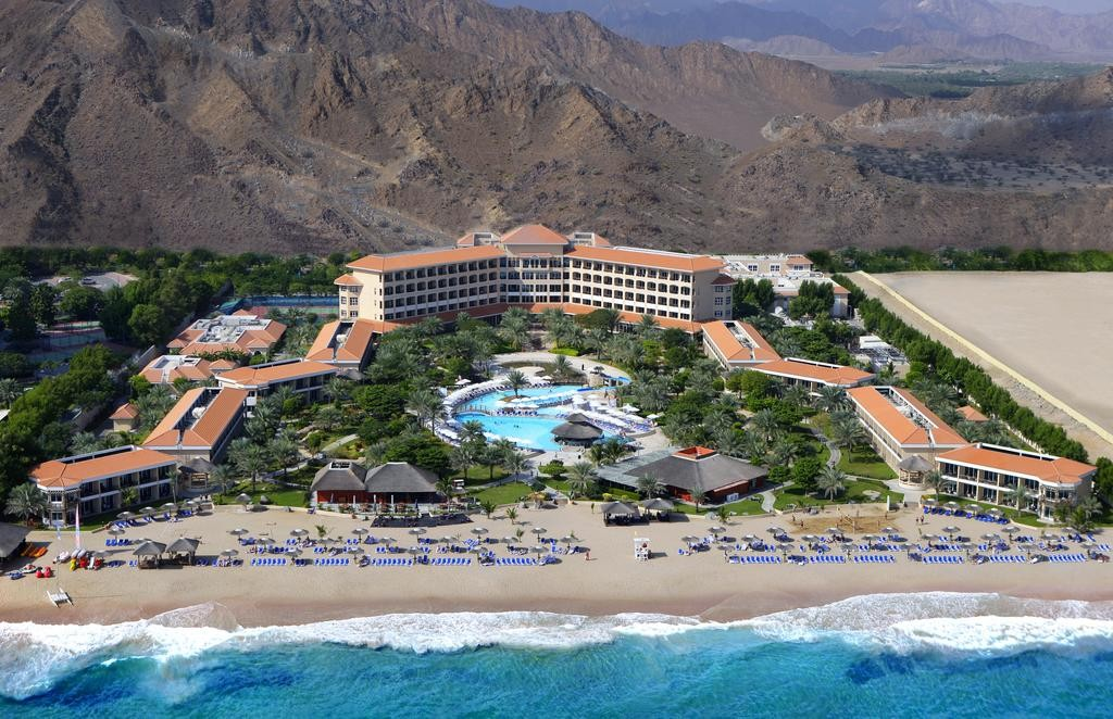 "фото Отель, Отель ""Fujairah Rotana Resort & SPA 5*"", Фуджейра"