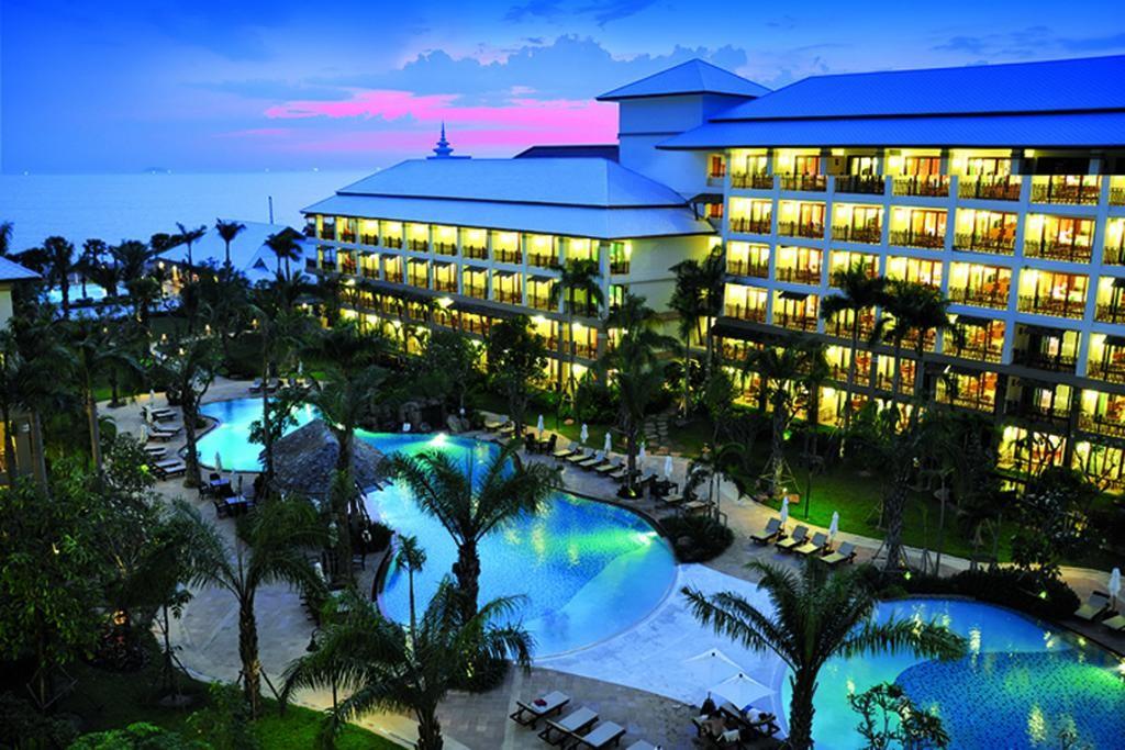 """фото Отель, Отель """"Ravindra Beach Resort & Spa"""" 4*, Паттайя"""