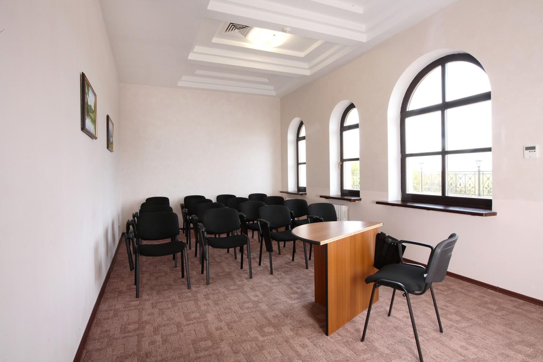 переговорный зал посольский