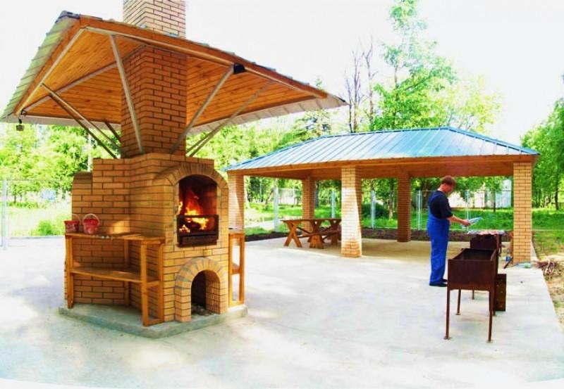 Площадка для приготовления шашлыка