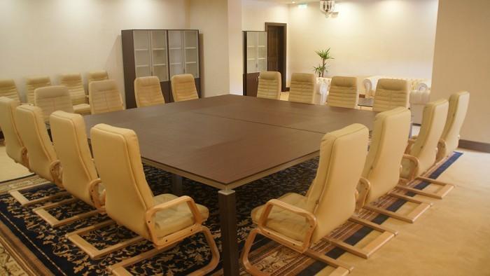 Залы для переговоров
