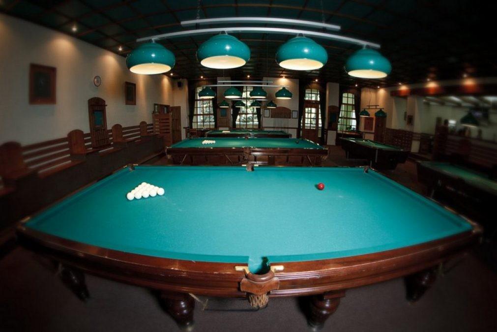 Club-pool-1011x675