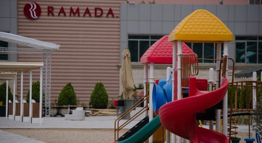 Ramada-baku-hotel_QxjZqSc.original_wlY92Gv