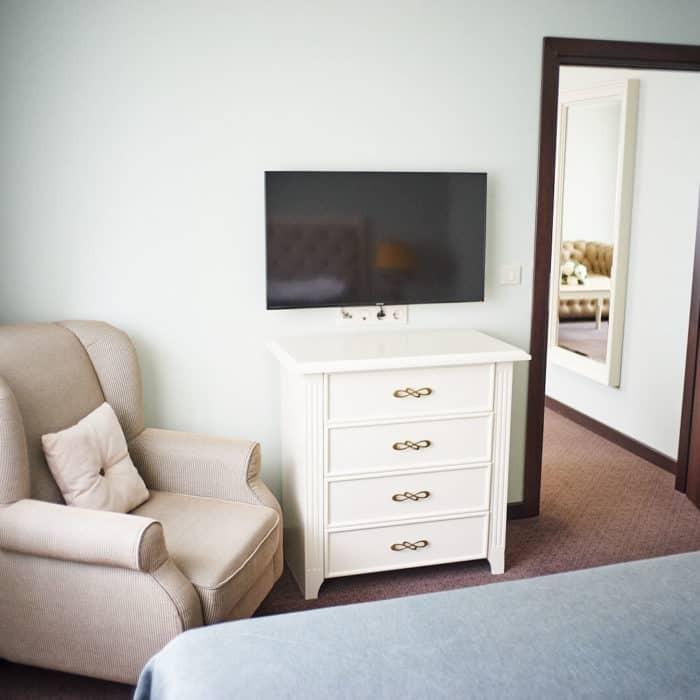 Family-room-grumant-hotel-11-700x700