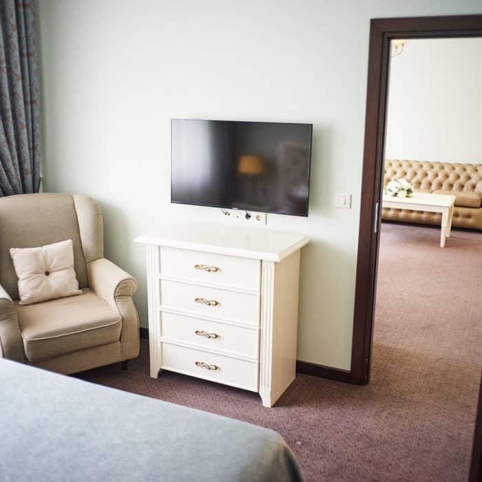 Family-room-grumant-hotel-9-700x700