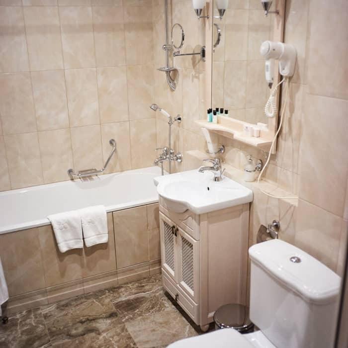 Family-room-grumant-hotel-16-700x700