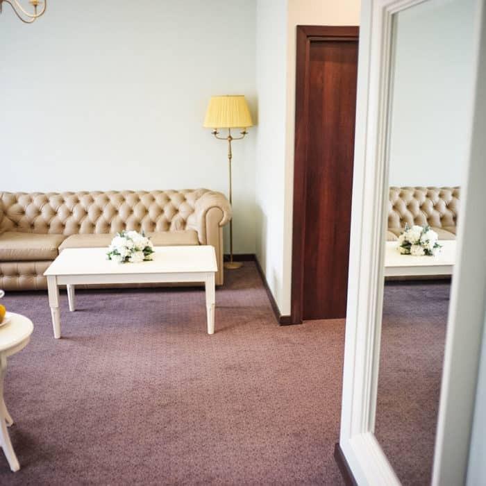 Family-room-grumant-hotel-28-700x700