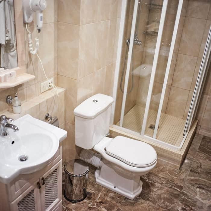 Family-room-grumant-hotel-17-700x700